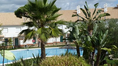 0303: Townhouse in Nuevo Portil
