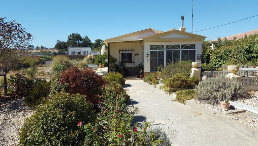 1057: Finca for sale in Bonares