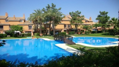 1075: Townhouse in Islantilla