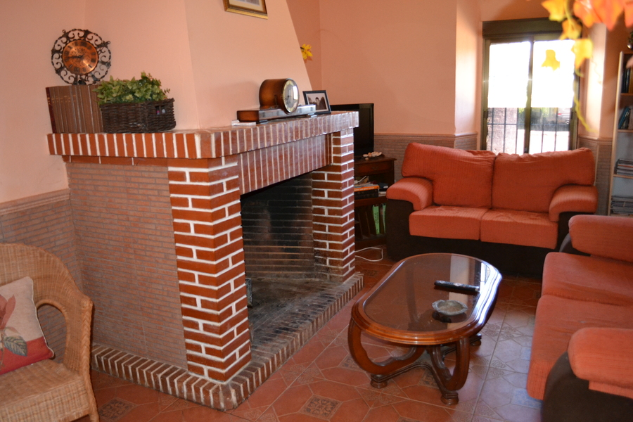 4 Bedroom Finca Niebla