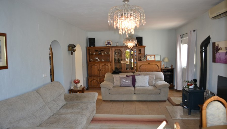 Finca 3 Bedroom Bonares