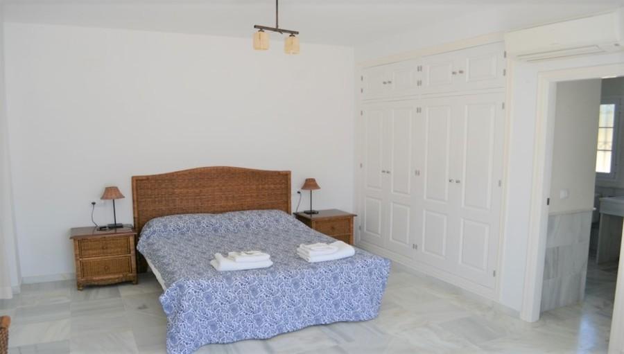 For sale Nuevo Portil Villa