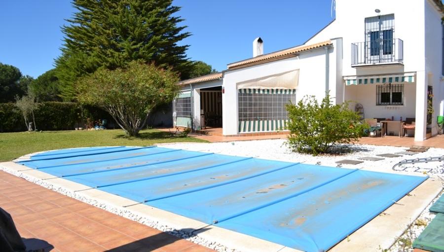 Nuevo Portil Villa For sale 480000 €