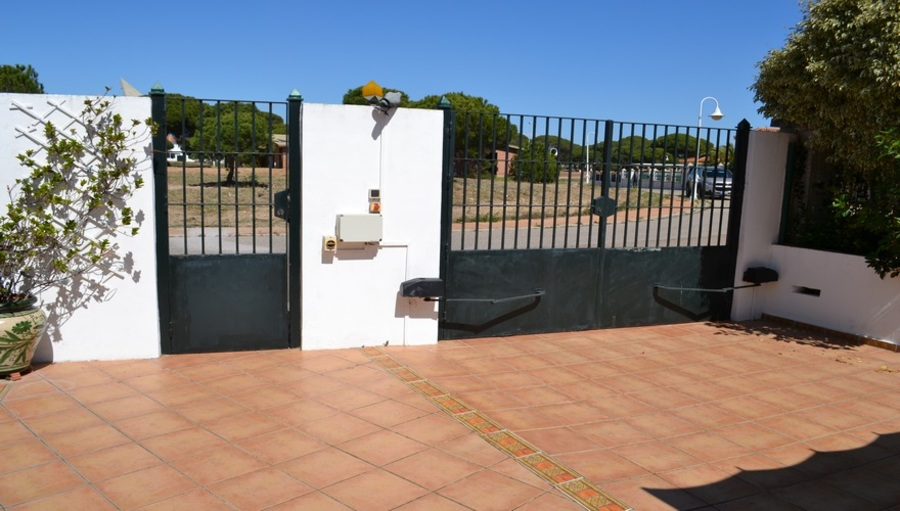 4 Bedroom Villa Nuevo Portil