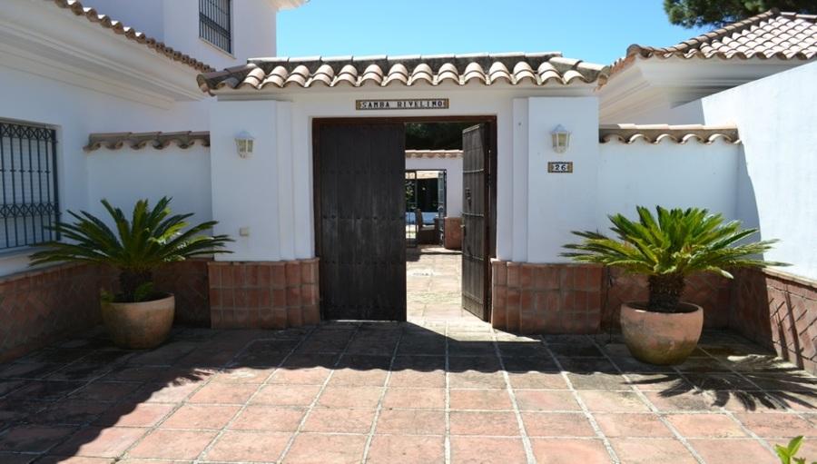 Nuevo Portil 5 Bedroom Villa