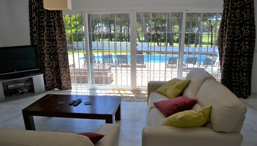5 Bedroom Villa Nuevo Portil