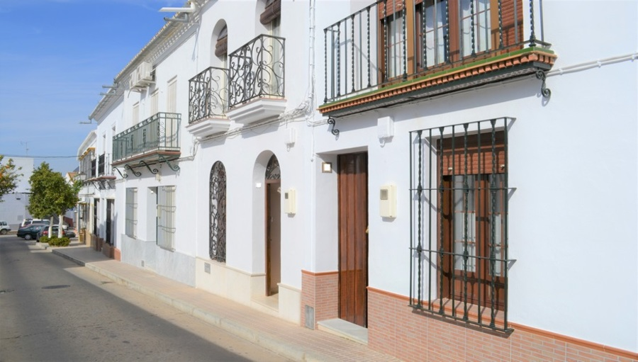 Ref:1014 Townhouse For Sale in Hinojos