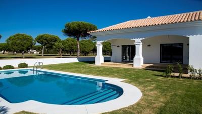 2003: Villa in Nuevo Portil